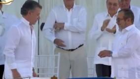 استقبال کلمبیایی ها از اهداء جایزه نوبل صلح به رئیس جمهور سانتوس