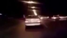 رانندگی با سرعت وحشتناک و لایی کشیدن بین ماشین ها