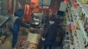 فیلمی از سرقتهای مسلحانه سوپرمارکتهای غرب تهران