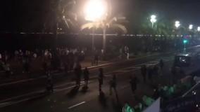 فرار مردم بعد از حمله کامیون در نیس