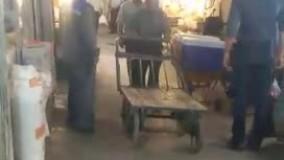 بستنی فروش خوش صدای بازار صفی تبریز آواز مذهبی می خواند