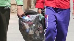 ایرانیها و افغانها با کمک هم محله خود را رنگین و زیبا کردند