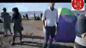 ۲۵ طلبه در ساحل شمال با کودکان عموزنجیرباف بازی می کنند