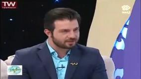 اولین همسربوسی در صداوسیما :) محسن افشانی در برنامه زنده