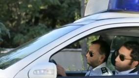 هادی کاظمی و محمدرضا هدایتی در نقش پلیس