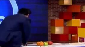 کلیپ لحظه سکته رضا رشیدپور و افتادن هنگام اجرای برنامه زنده حالا خورشید