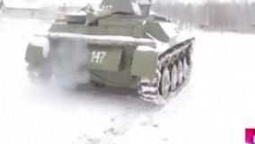 مرد بلاروسی در خانه خود تانک T 60 درست کرد