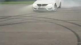 حرکات نمایشی با خودرو bmw M3!!!