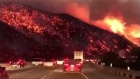 تصاویر تکاندهنده یک راننده از آتشسوزی جنگلهای کالیفرنیا