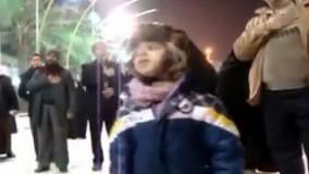 مداحی خواندن بسیار زیبای پسر بچه ایرانی در کربلا