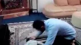 کلیپ تکان دهنده از مردی که در حال نماز بود ! (خیلی جالبه