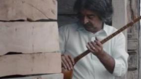واکنش جالب توریست های خارجی که برای اولین بار در ایران پشمک میخورن