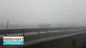 صحنه هایی از تصادف 130 دستگاه خودرو عصر امروز در مسیر مشهد - باغچه آزادراه شهید شوشتری به صورت زنجیره ای