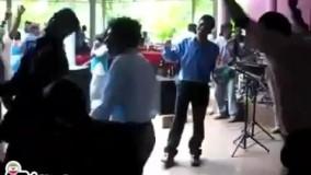شما رو به دیدن این رقص زیبا دعوت میڪنم(: