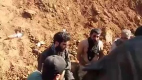 ارتش آزاد و متحدینشون دو داعشی را در الراعی به اسارت گرفتن/کفتارها به جان هم افتادن