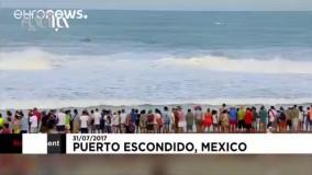 درخشش موج سوار اهل هاوایی در رقابت های موج سواری مکزیک