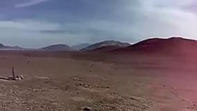 عجیب ترین مجسمه دست در بیابانهای شیلی