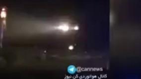 دانلود تصاوير آتش گرفتن و برخورد بال هواپيما به زمين،  فرود اضطراري و سانحه فوكر١٠٠ قشم