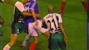 دانلود خلاصه بازی فرانسه و آفریقای جنوبی در جام جهانی 1998