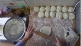 طرز تهیه نان لواش در خانه در 7 دقيقه