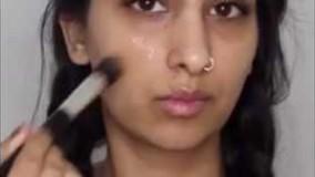 ماسک مغذی برای پوست های خشک و خیلی خشک با عسل و کپسول روغن ماهی (ویدیو + توضیح)