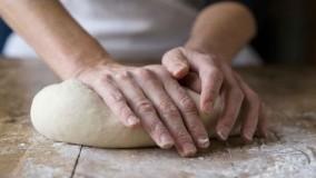 پخت نان-چگونه در خانه نان درست کنیم- قسمت یکم
