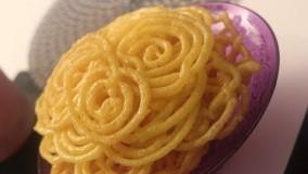 شیرینی ماه رمضان-طرز تهیه زولبیا خانگی خوشمزه-شیرینی ماه رمضان