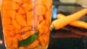 آشپزی ایرانی-- ترشی هویج - هویج شور