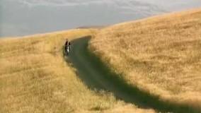 سکانسی ماندگار از فیلم(باد مارا خواهد برد)ساخته عباس کیارستمی