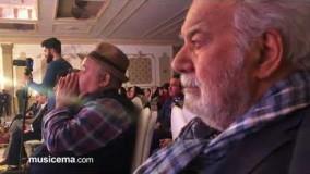 اشکهای ناصر ملک مطیعی  و اکبر عبدی هنگام  اجرای قطعه کلنل سالار عقیلی29