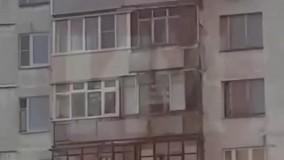 مرد روسی متوهم با دوچرخه از طبقه 12 پرید