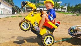 ولاد و نیکیتا ؛  ماشین بازی - نجات ماشین نیکیتا از گل و لای