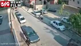 فیلم سرقت از یک خودرو مقابل شورای شهر قدس