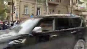 شادی در باکو پس از امضای توافق نامه پایان جنگ قره باغ