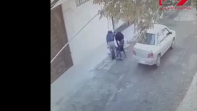 این 2 مرد زن کرمانشاهی را وسط خیابان کتک زدند ؛  بازداشت شدند