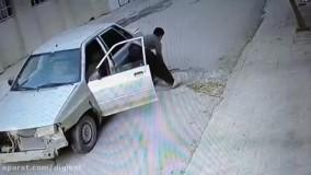 فیلم لحظه سرقت دریچه های فاضلاب در کرمانشاه