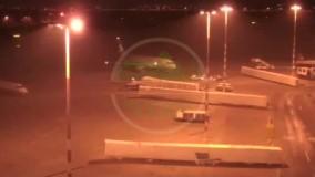 لحظه فرود هواپیمای شهید سلیمانی در فرودگاه بغداد