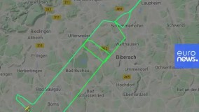 خلبان آلمانی با هواپیمایش یک سرنگ عظیم را در آسمان نقش کرد