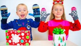گبی و الکس ؛  بازی شروع کریسمس ؛  بازی گبی و الکس با مامانی