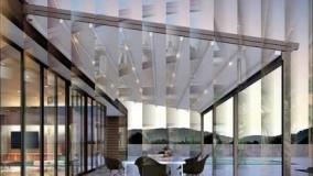 محوطه سازی باغ رستوران با استفاده از سایبان برقی مدرن ترین مدل های سایبان برقی سایبان برقی های مدرن و بسیار زیبا قیمت سایبان برقی باغ سایبان برقی سنگی