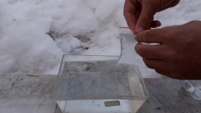 آزمایش مقایسه چگالی آب گرم و آب سرد