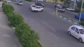 ثبت تصادف جالب توسط دوربین مداربسته در نیشابور