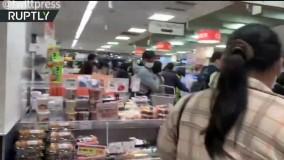 مردم وحشت زده ژاپن در صف مراکز خرید
