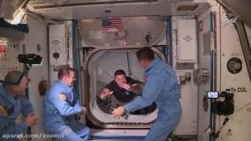 لحظه ورود خدمه کرو دراگون به ایستگاه فضایی بین المللی