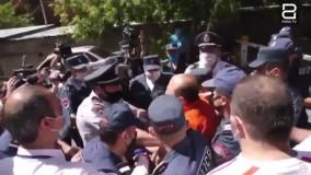 ضرب و شتم مدالآور المپیک توسط پلیس ارمنستان