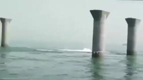 اولین تصاویر از لحظه غرق شدن کشتی ایرانی بهبهان در سواحل عراق