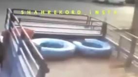 تصادف عمدی یک خانم برای گرفتن خسارت