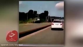 واژگونی پیاپی و خوفناک یک خودروی شاسی بلند در بزرگراه