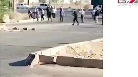 فیلم هایی از درگیری جنجالی در روستای ابوالفضل اهواز /  توهین به روحانی