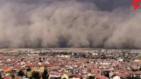 تصاویری وحشتناک از طوفان شن در آنکارا